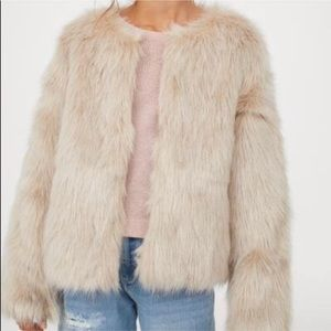 H&M Faux Fur Semi-Cropped Coat
